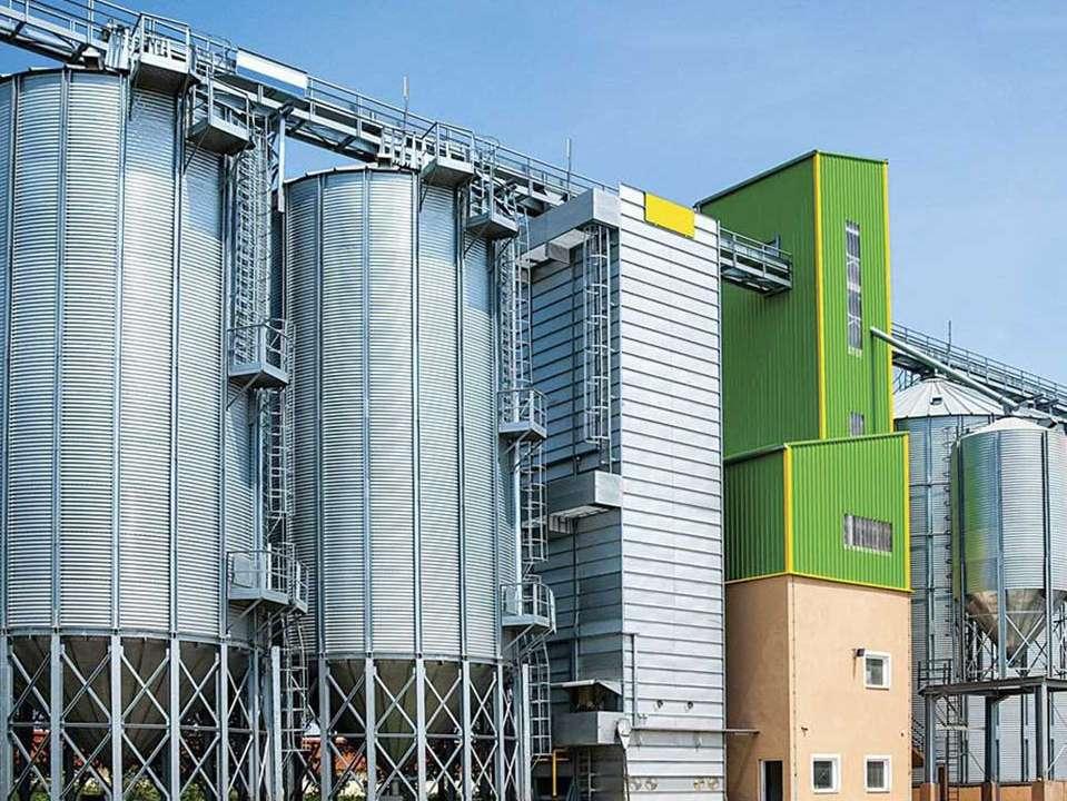 افزایش تعداد کارخانه های خوراک و کاهش هزینه های مربوط به آن