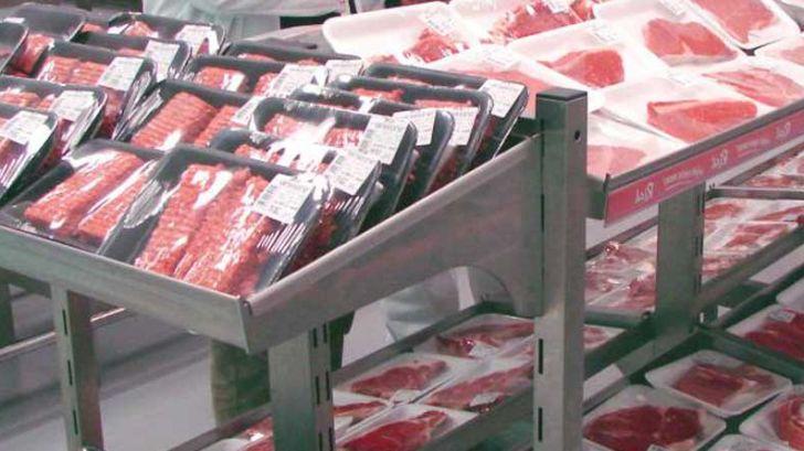 تخصیص ارز دولتی به دامداران قیمت گوشت را متعادل می کند
