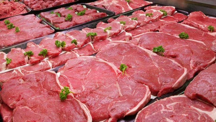 دریافت حواله گوشت به اسم مستضعفان و فروش در بازار آزاد