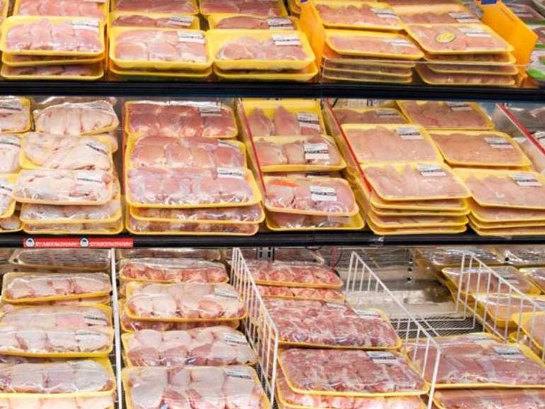 قیمت جهانی مرغ ۲۰ هزار تومان است