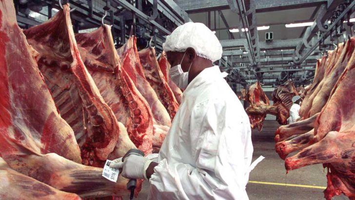 کنترل بازار گوشت با حذف واسطهها و دلالان
