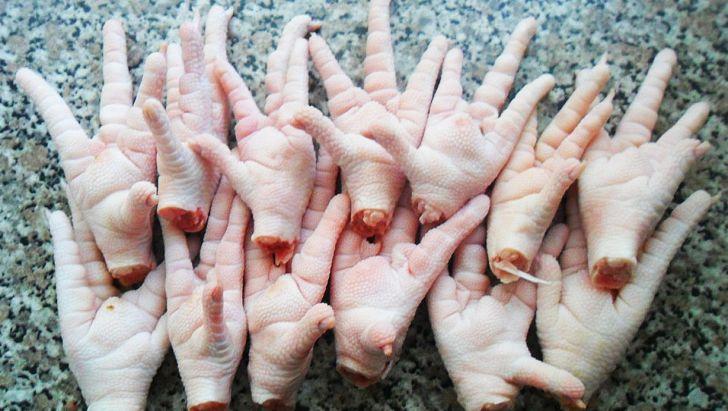 مازندران حدود 2 هزار تن پای مرغ صادر کرد
