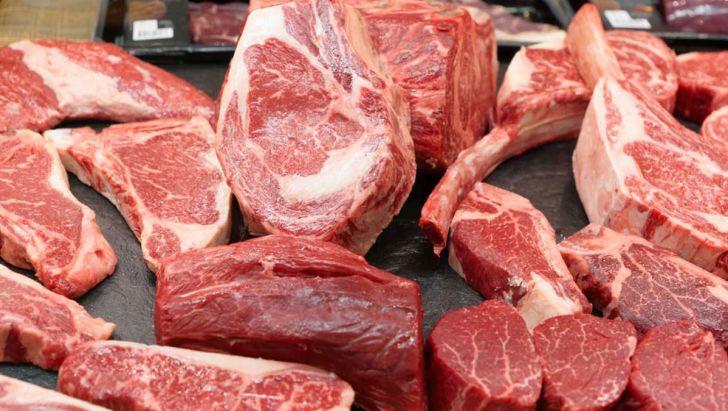 توزیع 17هزار کیلوگرم گوشت قرمز در اراک