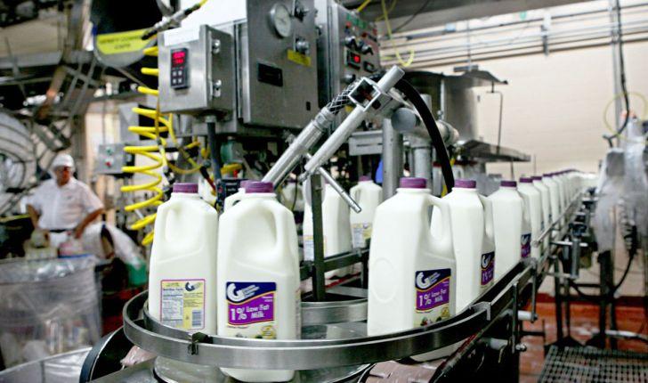 شیر و لبنیات گران نمیشود